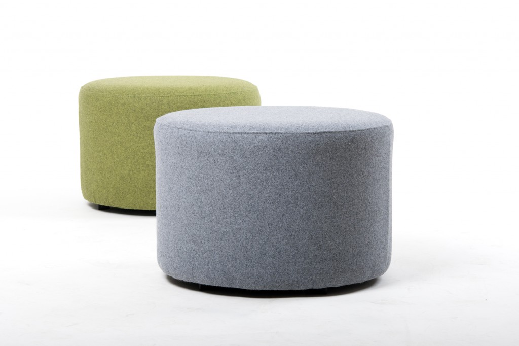 Loungemöbel I Der Schnieder Vollpolster Sitzwürfel (Modell 10737) passt in jede Lounge