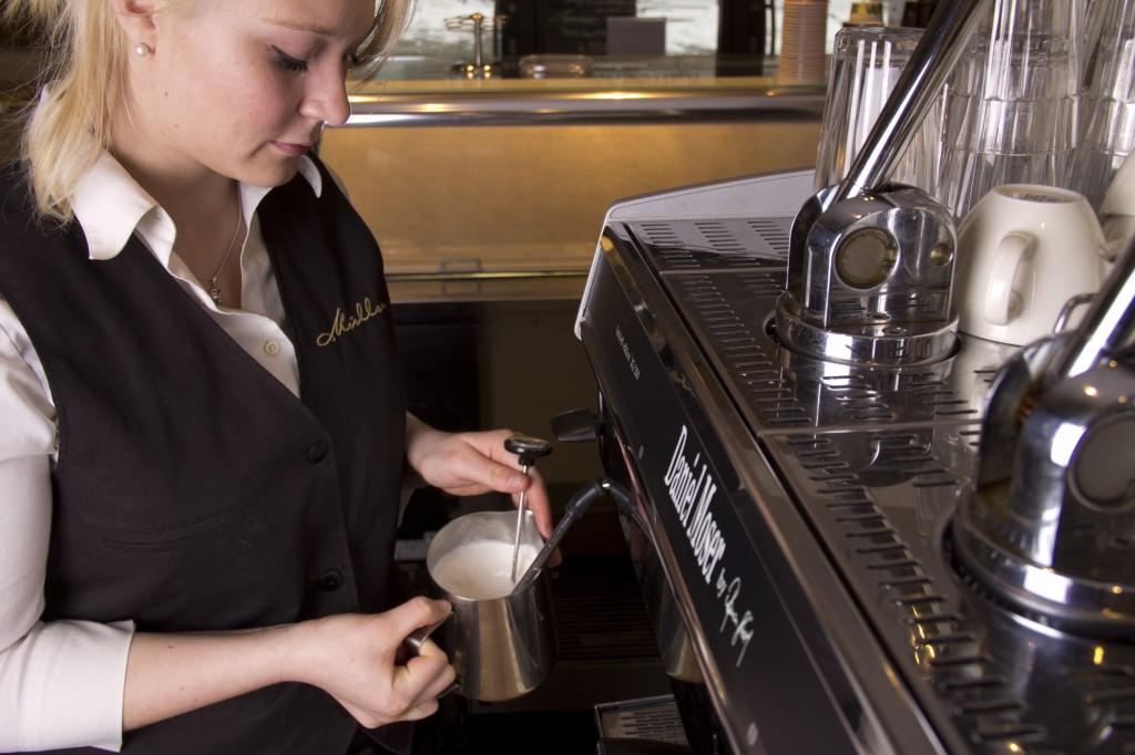 Edel: Kaffeemaschine von Daniel Moser