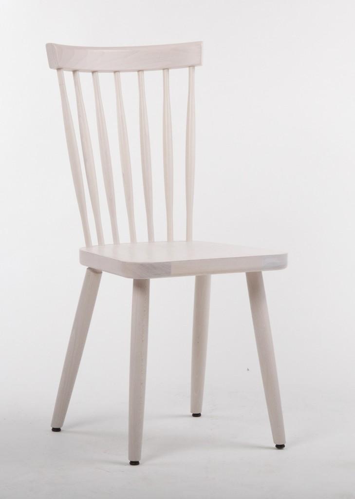 """Nordisches Design: Sönke, eine Weiterentwicklung des Stuhls """"Mika"""" von Schnieder mit extra langem"""