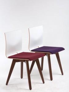 """Stühle """"Anna"""" von Schnieder mit """"beerigen"""" Akzenten. Schalenstühle und Hocker"""