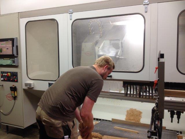 Stuhlbau macht Spaß CNC-Fertigung