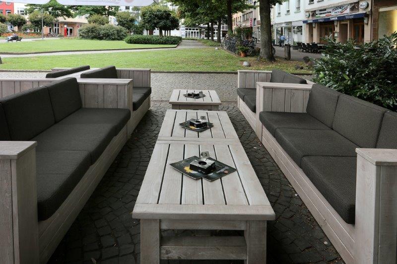 Outdoor-Lounge-Möbel für die König Pilsener Bierstuben in Koblenz