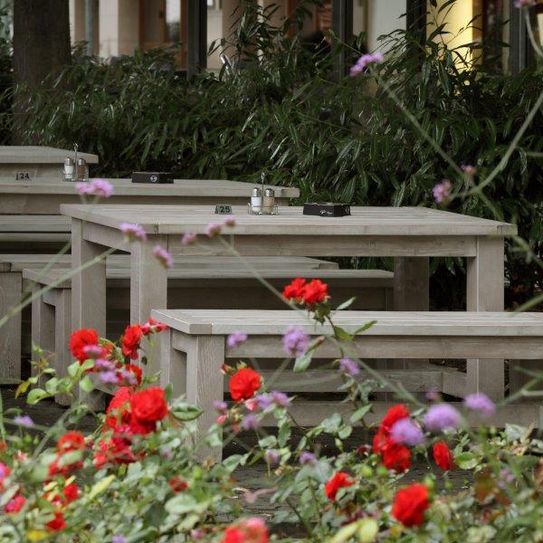 Outdoor-Möbel aus österreichischer Gebirgstanne