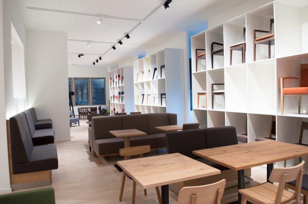 Bänke für Restaurant, Lounge und Kantine