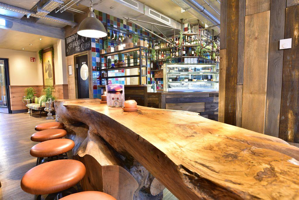 Café Barhocker, Gastronomieeinrichtung