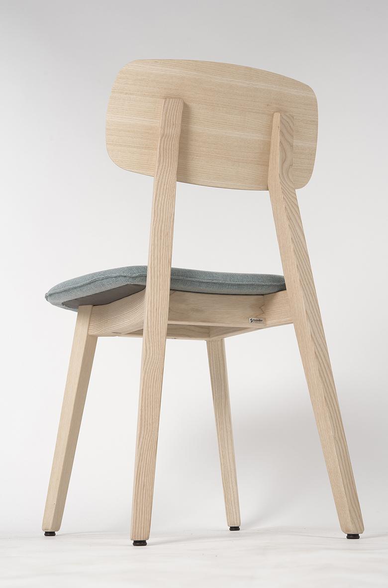 Stuhlfabrik Schnieder fertigt Stühle aus Esche – Tradition trifft auf Moderne