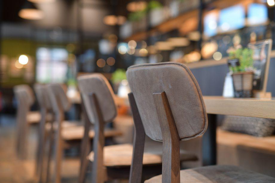 Schniedersitzt 100 Jahre Stuhlfabrik Schnieder Gastronomiemobel