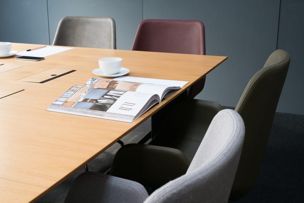 Einrichtung Konferenzraum, Meeting Point