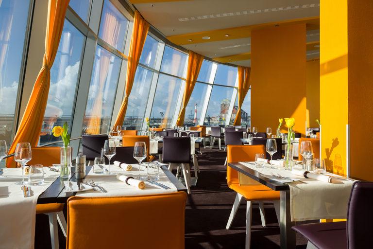 Einrichtung Hotel Restaurant Atlantic Bremerhaven, Tische Stühle