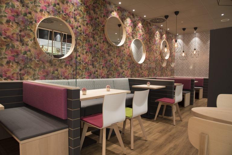 Einrichtung Baeckerei Cafe Kraus Gastro Moebel Stuhlfabrik Schni