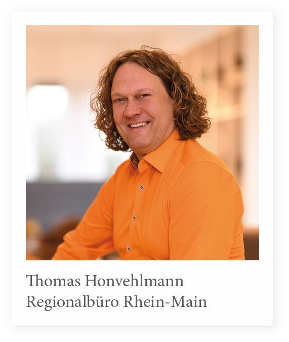 Vertreibsmitarbeiter Thomas Honvehlmann Stuhlfabrik SChnieder