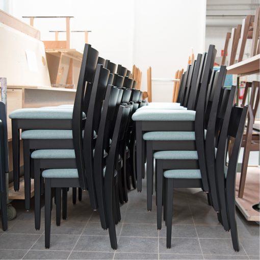 Gastro-Stuhl Torino 11456, Holzstuhl, Küchenstuhl