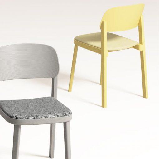 Stapelstuhl Luke, Holzstuhl mit Sitzpolster Stuhlfabrik Schnieder