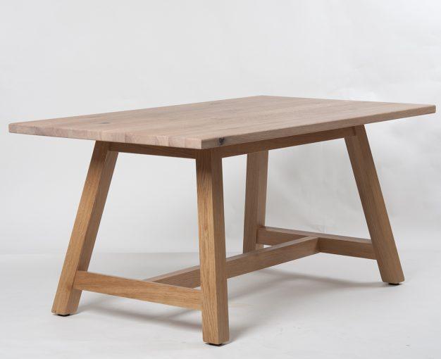 Holztisch 30180, Esstisch, Gastronomiemöbel