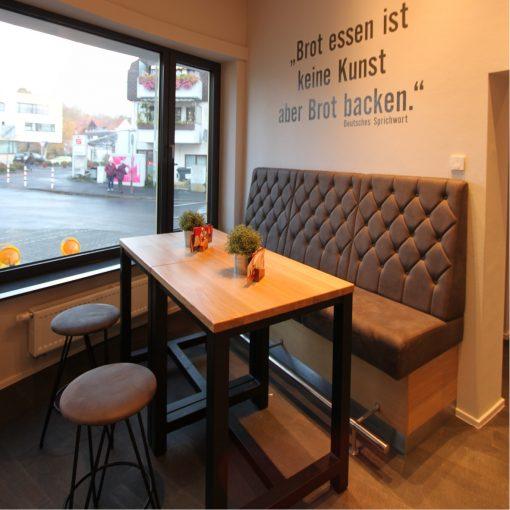 Hochbank 41869, Bäckerei Café, Möbel