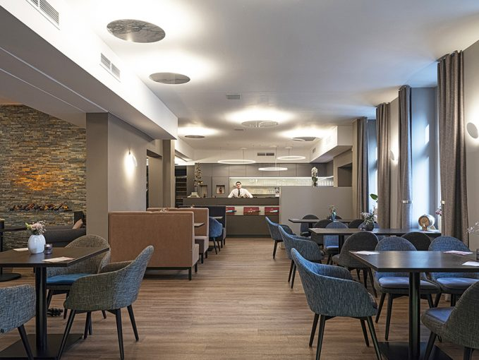 Griechisches Restaurant Einrichtung Stuhlfabrik Schnieder