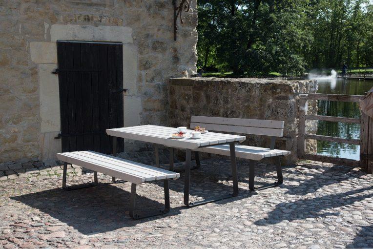 Terrassenmöel Osis Cafe Terjung Burg Vischering Lüdinghausen Stuhlfabrik Schnieder