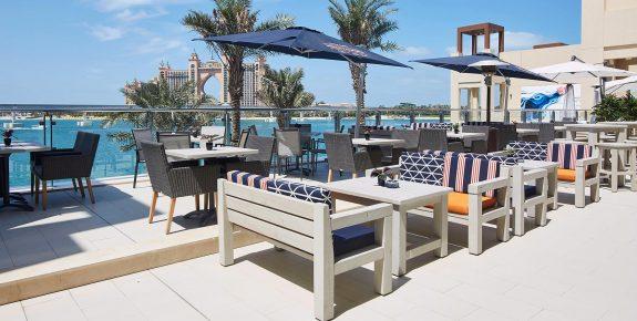csm_Außengastronomie_Terrassenmöbel_Dubai_Stuhlfarbik_Schnieder_6_fb84b5cc96.jpg